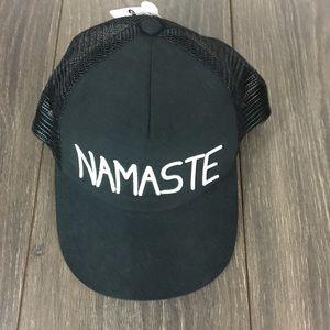 Apana Namaste hat mesh SnapBack new